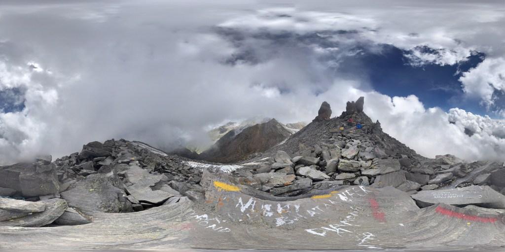 View from shrikhand mahadev top in kullu, himachal