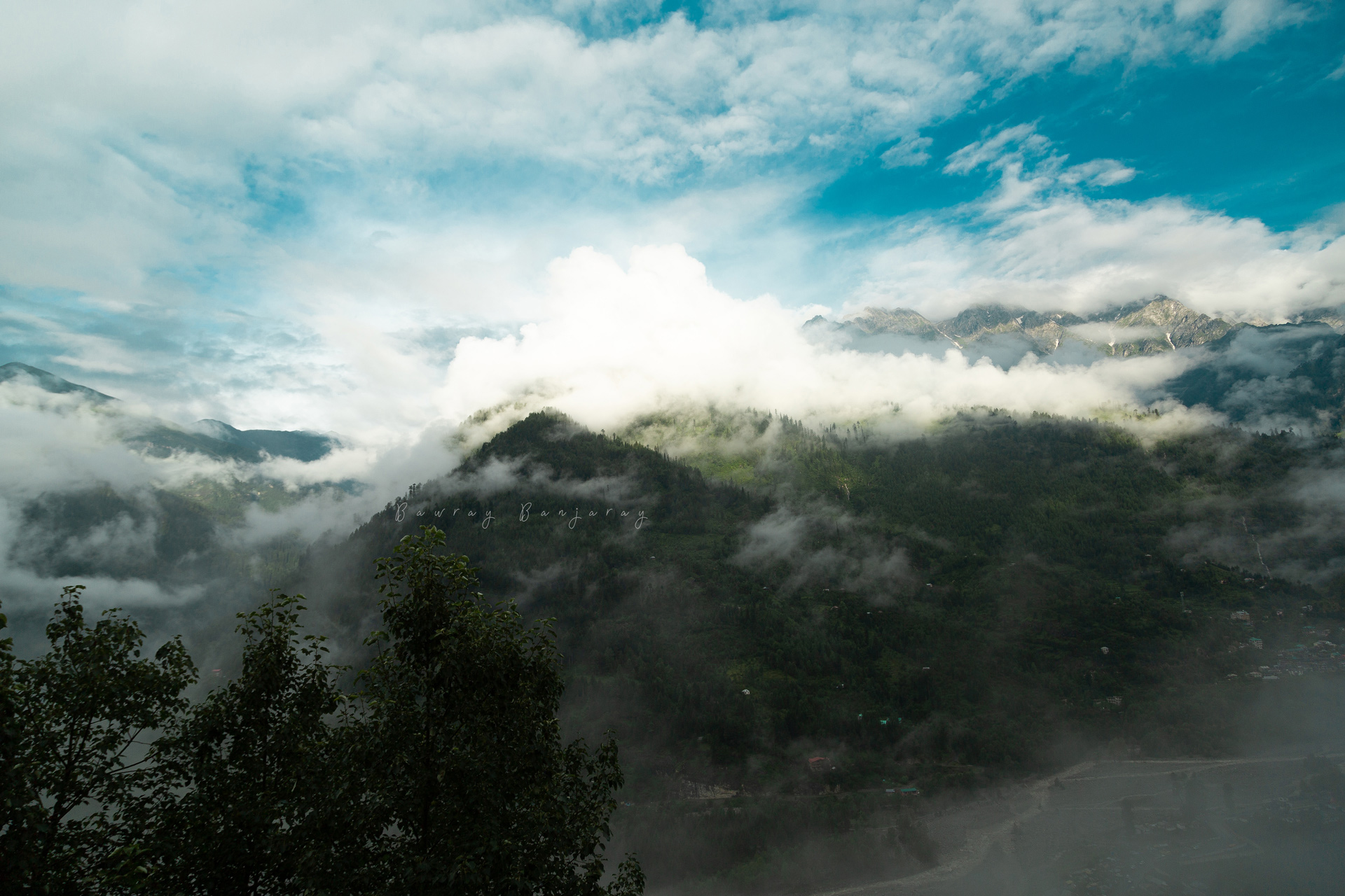 Cloud play at manali