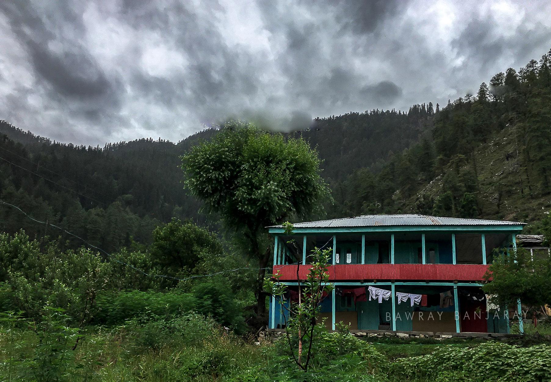 Bawray Banjaray HOme near Baga Sarahan