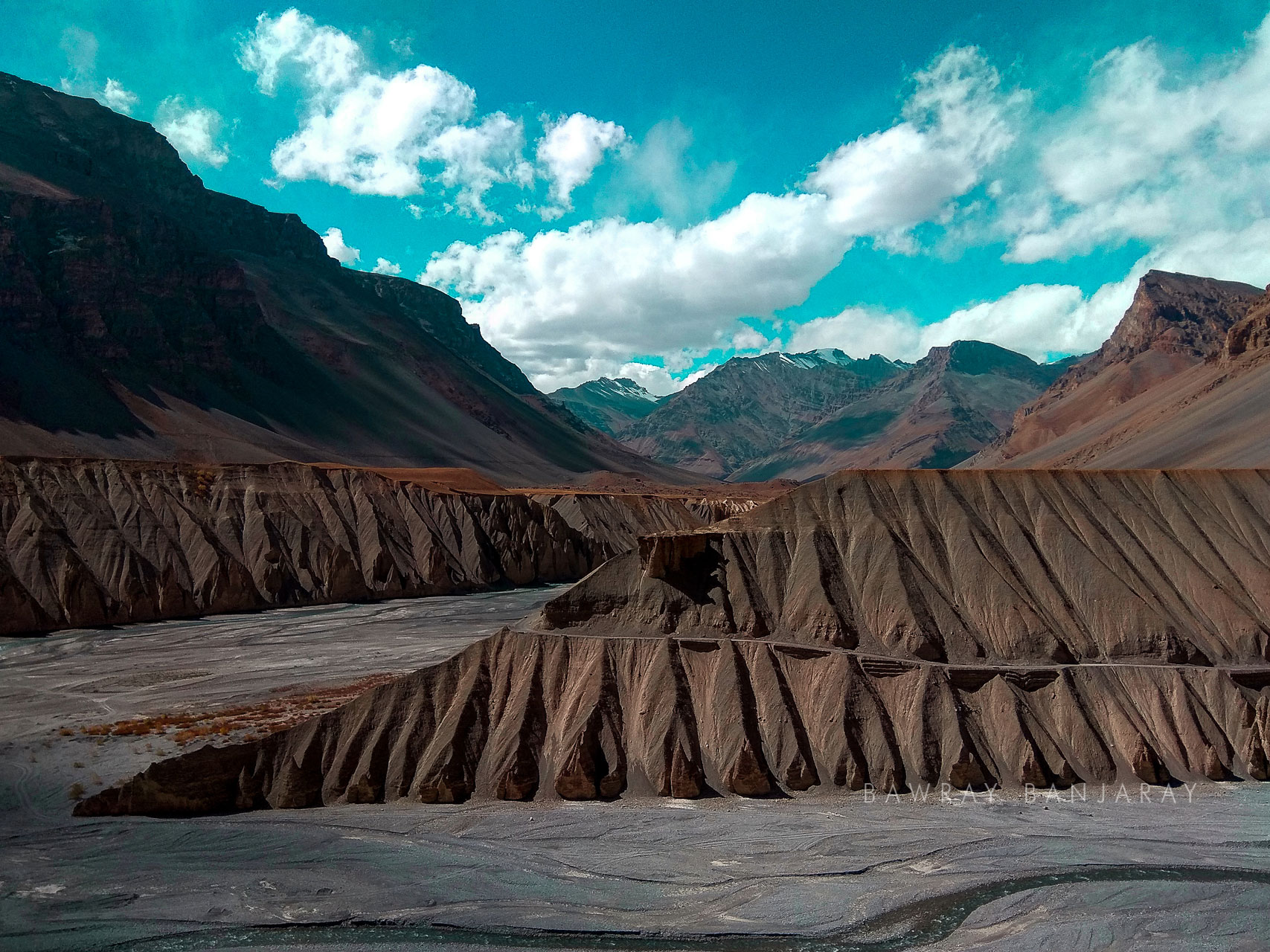 Curves of Spiti river