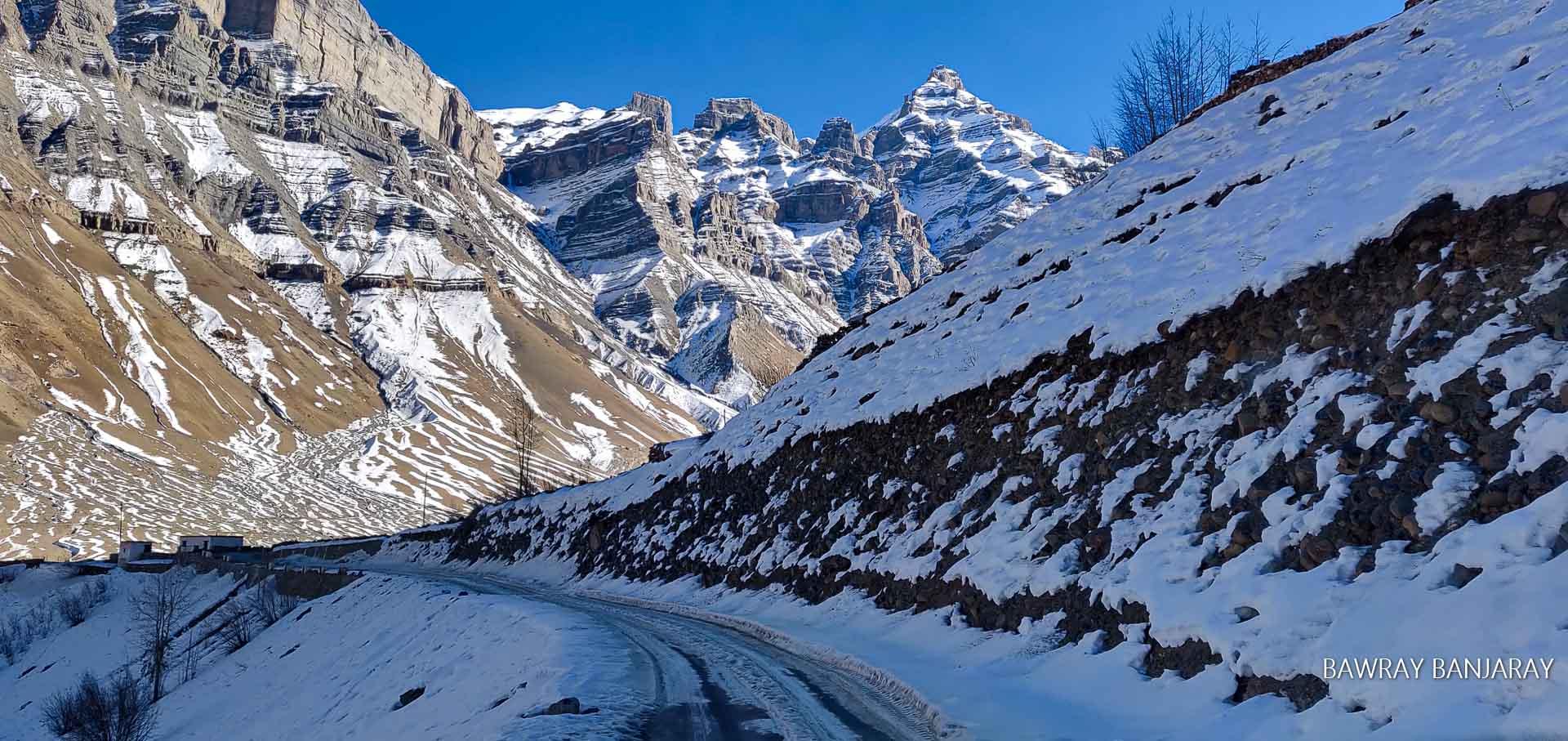 Icy roads of Winter Spiti